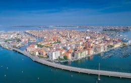 Estrada da Era Romana submersa há séculos na Lagoa de Veneza é descoberta