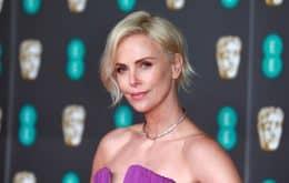Charlize Theron produzirá série sobre grupo de apoio a sobreviventes de filmes de terror
