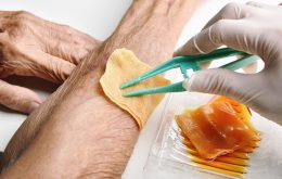 Scientists Develop Low-Cost Dressing for Chronic Wounds