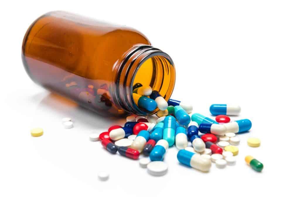 Simulação de pílula contra covid-19