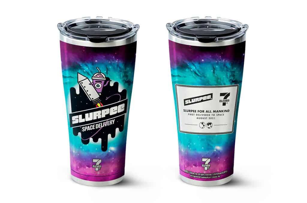 7-Eleven envia copos para o espaço