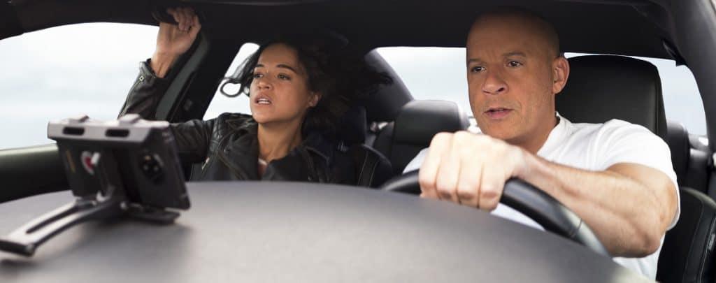 Letty (Michelle Rodríguez) y Dom (Vin Diesel) en 'Rápidos y furiosos 9', dirigida por Justin Lin. Imagen: Universal Pictures / Divulgación
