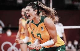 La deportista Rosamaría, de voleibol, se utiliza para aplicar golpes a través de WhatsApp