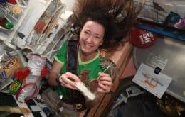 Astronauta a bordo de la Estación Espacial recibe helado en su cumpleaños