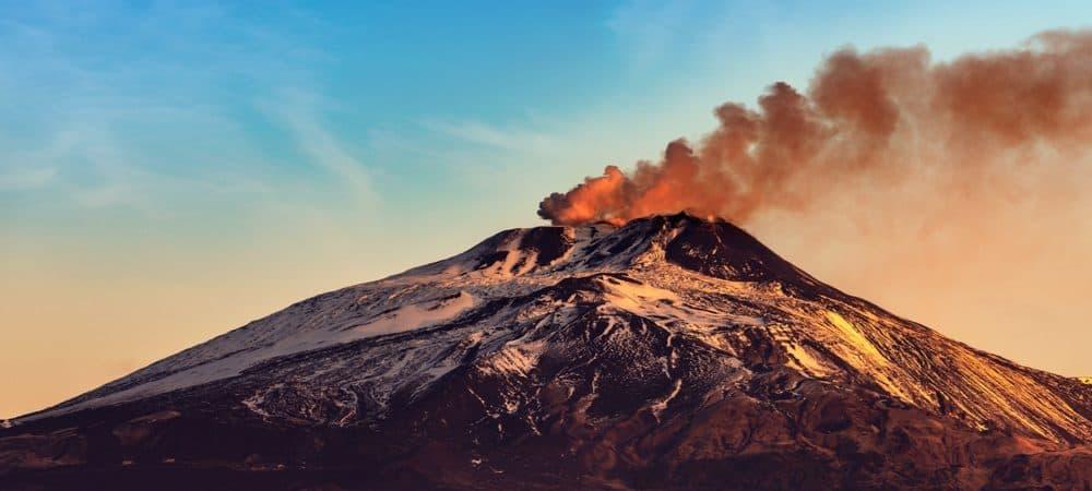 Fumaça do Monte Etna