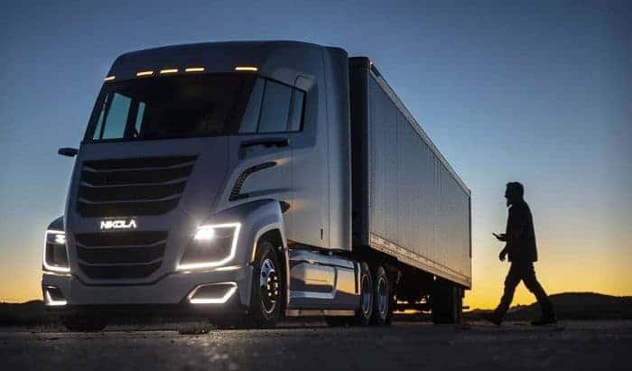 Imagem promocional de um caminhão da Nikola