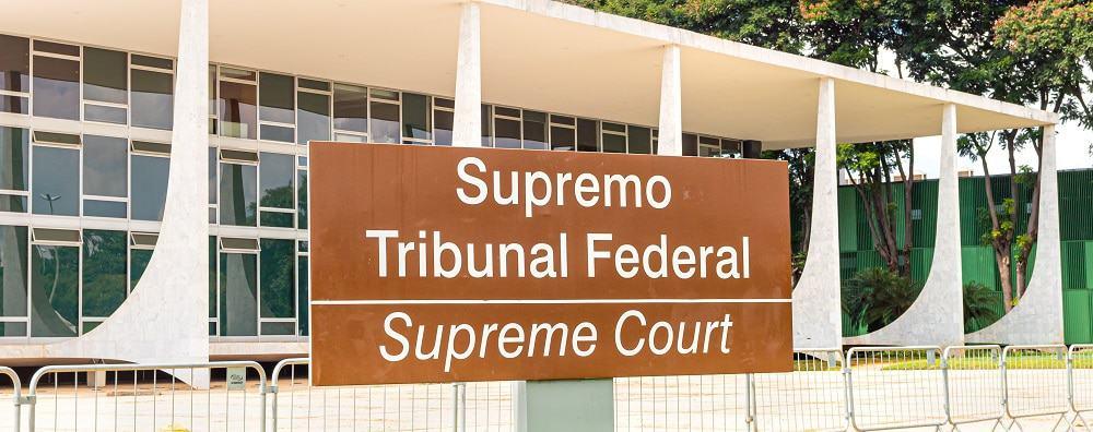 Placa indicando Supremo Tribunal Federal
