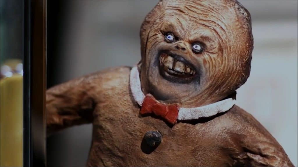 Foto mostra vilão do filme, um biscoto de gengibre de aspecto humanoide.
