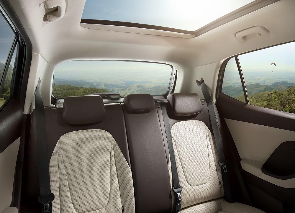 Imagem promocional do Hyundai Creta (teto solar)