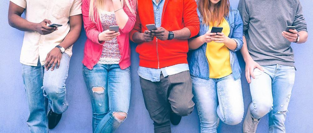 DeBoaNoInsta: Instagram lança campanha para ajudar jovens a controlar experiência na rede social. Imagem: Akhenaton Images/iStock