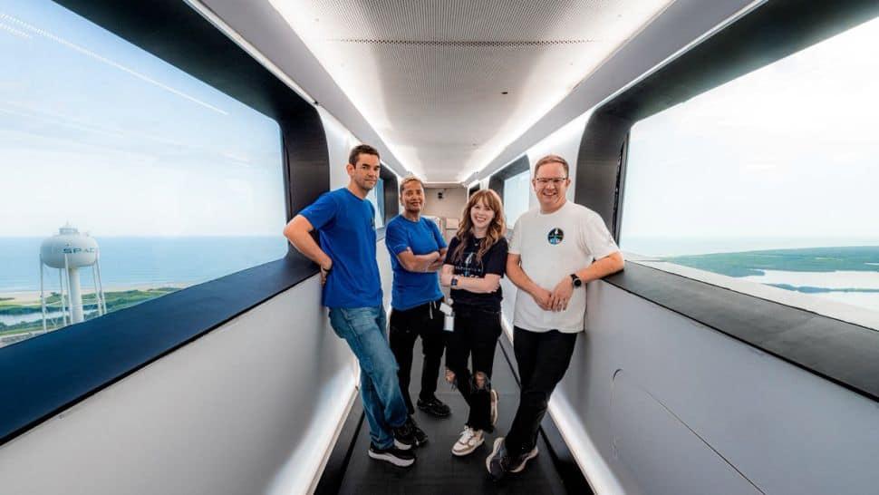 Imagem mostra tripulação da missão Inspiration4, da SpaceX, que vai levar ingredientes de fabricação da cerveja ao espaço e trazê-los de volta para leilão beneficente