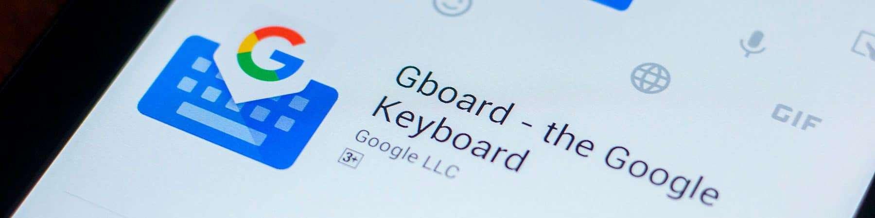 Samsung Galaxy S21 Ultra recebe atualização com teclado do Android 12. Imagem: Sharaf Maksumov/Shutterstock