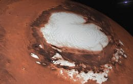 Gelo de Marte é mais escuro que o da Terra e pode ser derretido, diz estudo