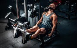 Especialistas alertam que sobrecarga na musculação pode levar a lesões