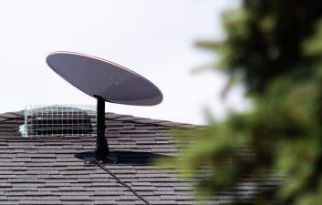 SpaceX quer criar antena mais robusta e levar a Starlink para barcos e aviões
