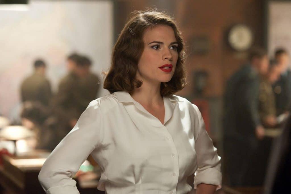 Hayley Atwell como Peggy Carter em 'Capitão América: O Primeiro Vingador'. Imagem: Marvel Studios/Divulgação