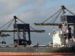 Déjà vu? Navio gigante encalha no Canal de Suez