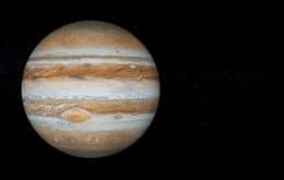 Olhar Espacial desta sexta-feira (17), às 21h, entrevista brasileiro que flagrou impacto em Júpiter