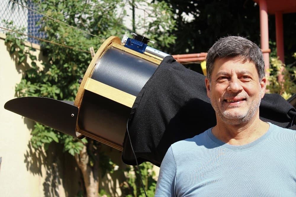 El astrónomo aficionado José Luis Pereira