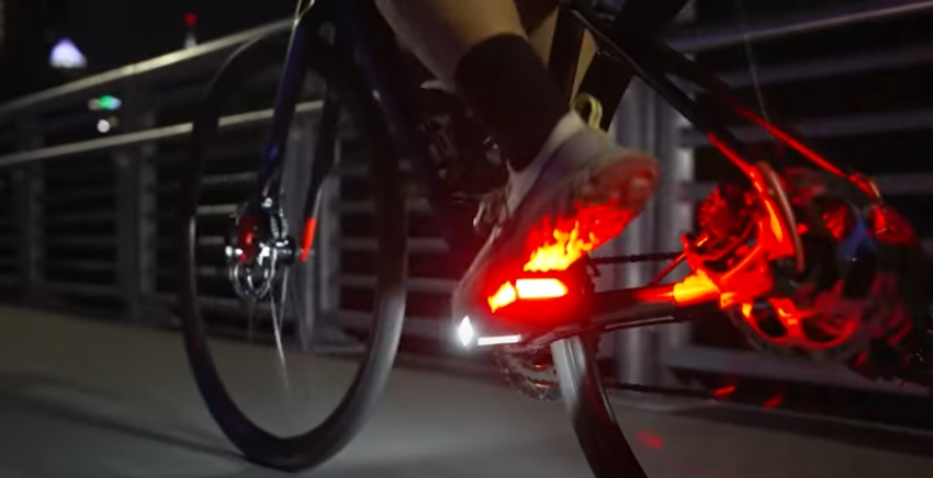 Pedais de LED Arclight, da Redshift