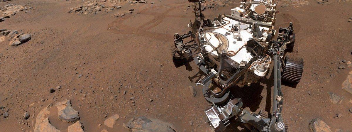 Selfie tirada pelo Perseverance em Marte