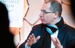 'Pandemia pode acabar em um ano', diz CEO da Moderna