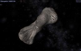 Conheça Kleopatra, asteroide em formato de osso que tem duas luas