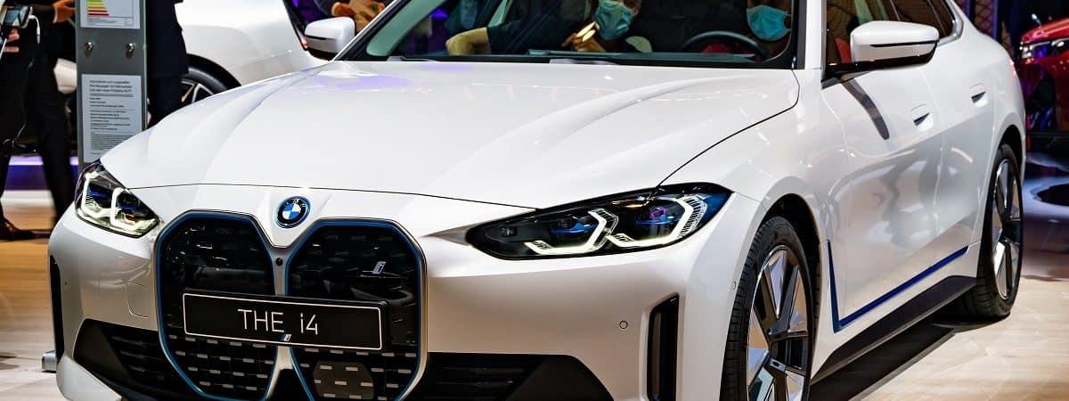 BMW i4 no Salão de Munique