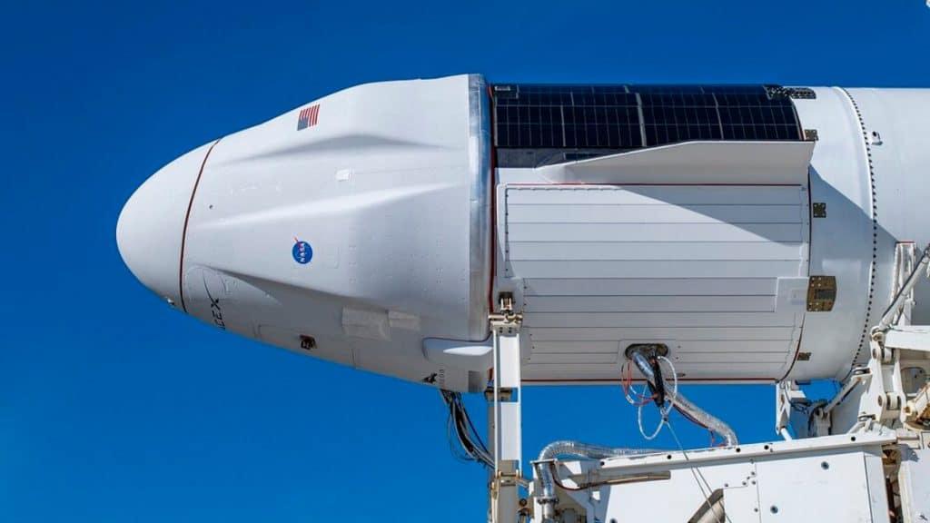 Imagem da SpaceX mostra a cápsula Crew Dragon antes de seu lançamento em agosto