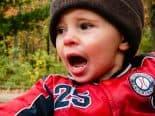 Como lidar com a birra dos filhos? Pediatra explica