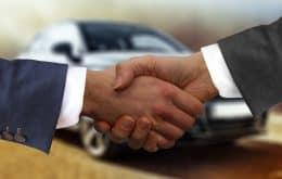 Ford contrata a Apple Car Boss