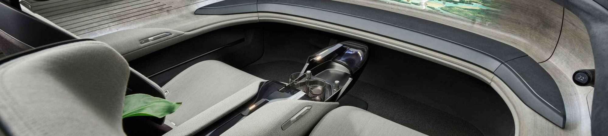 Interior do carro conceito da Audi na parte da frente, sem volante
