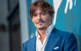 """Johnny Depp critica cultura do cancelamento antes de receber prêmio: """"ninguém está seguro"""""""