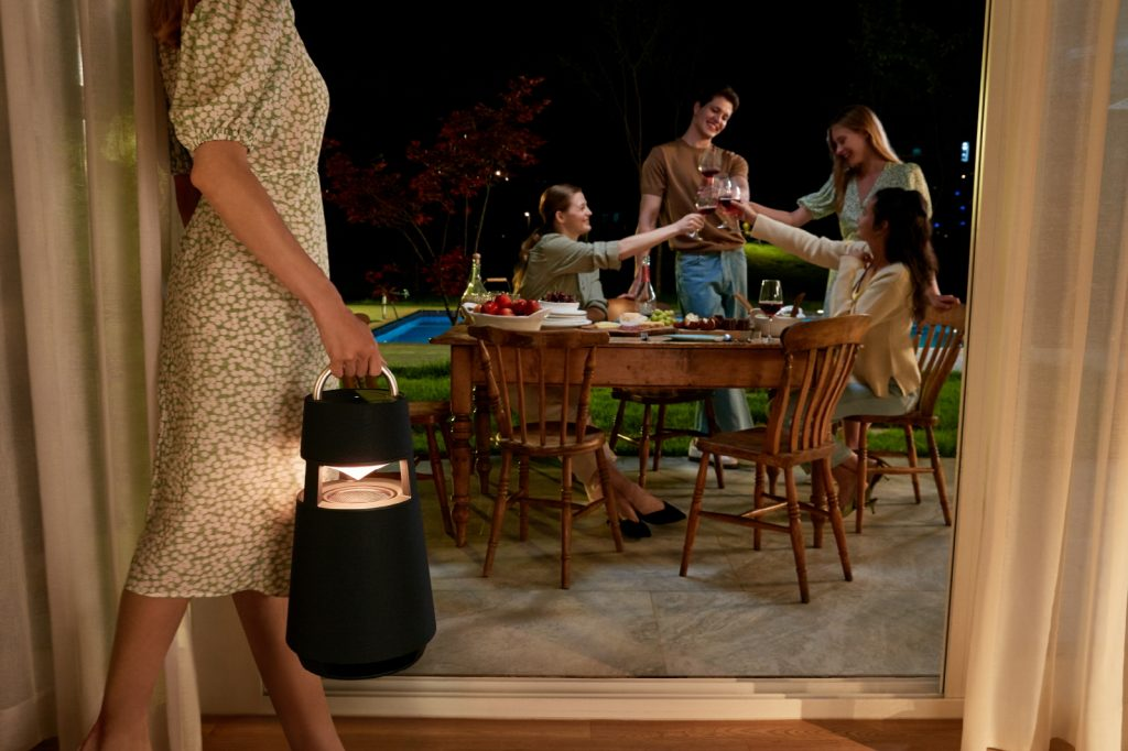 LG Xboom 360 (Imagem: divulgação/LG)