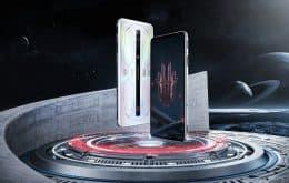 Celular gamer Red Magic 6S Pro tem Snapdragon 888+ e edição transparente