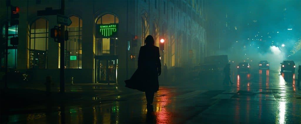 Keanu Reeves como Neo / Thomas Anderson em 'The Matrix Ressurections'. Imagem: Warner Bros. Pictures/Divulgação