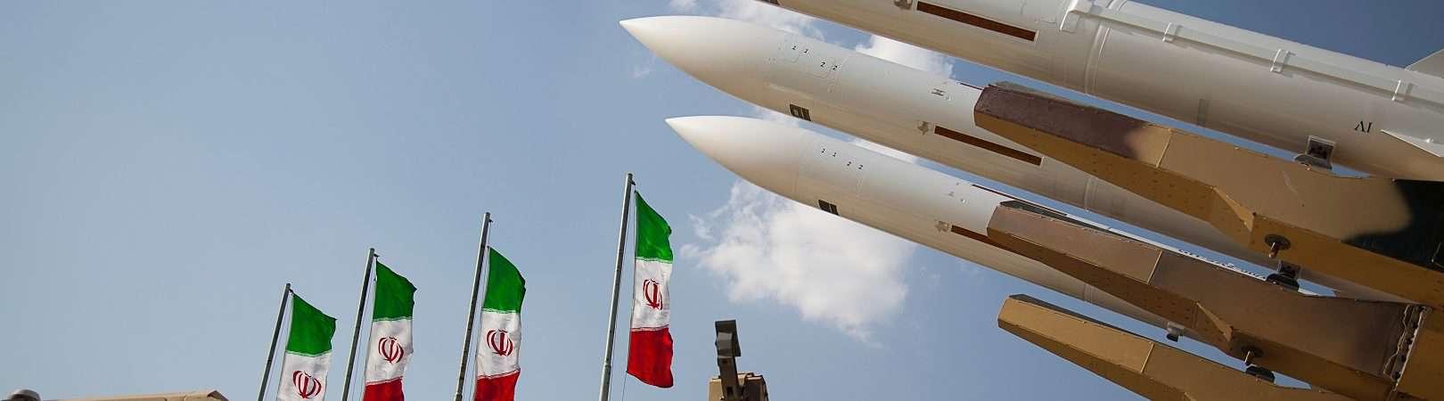 Mísseis Ofensivos das Forças Armadas da República Islâmica do Irã. Imagem: saeediex / Shutterstock