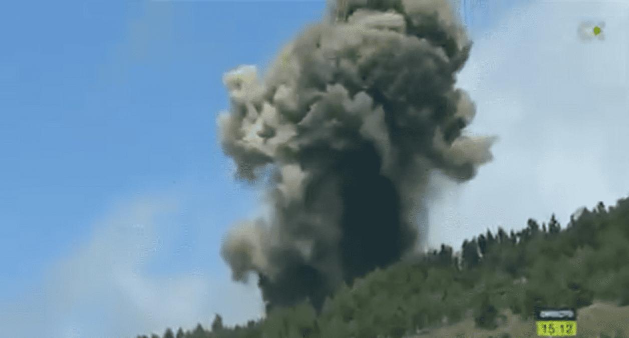 Vulcão capaz de causar tsunami no Brasil entra em erupção - Olhar Digital