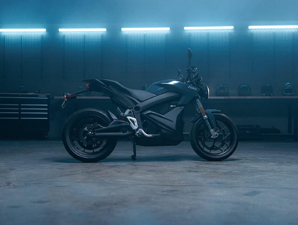 Zero S, motocicleta de rua