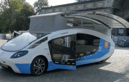 'Kombi' movida a energia solar é capaz de viajar 3 mil km pela Europa