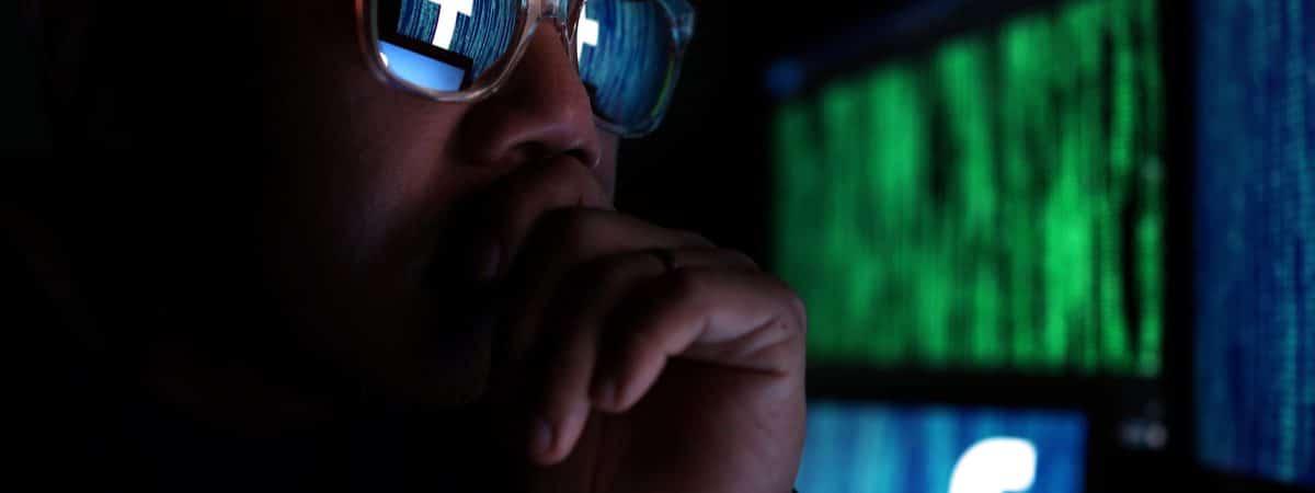 Facebook observado por um hacker