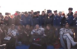 Etapa concluída: equipe russa de cinema retorna de filmagens na ISS