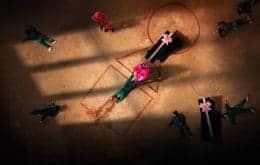 'Round 6' inspira até caixões em feira funerária