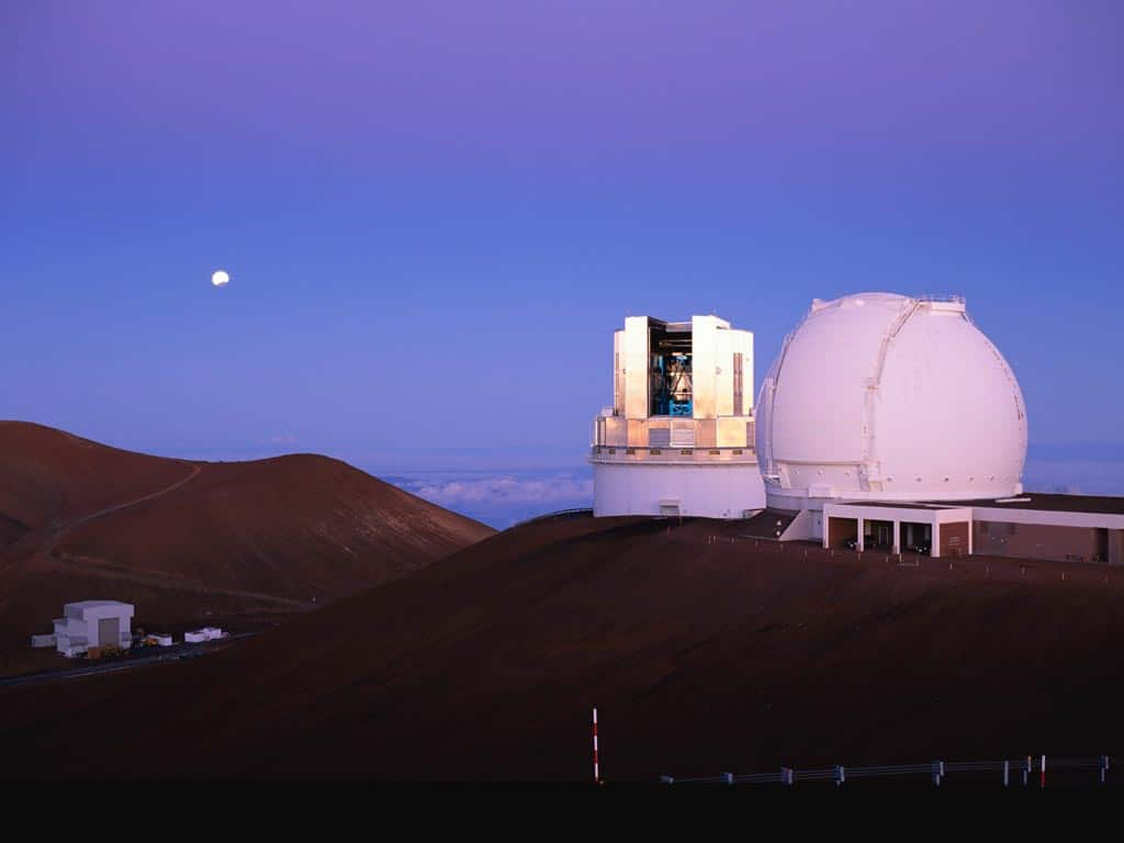 """Astrônomos no Havaí encontram exoplaneta gigante """"bebê"""", 2000 vezes mais jovem que a Terra"""