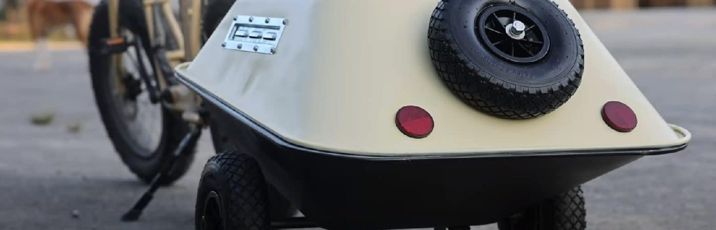 Reboque para e-bike feito com carrinho de mão