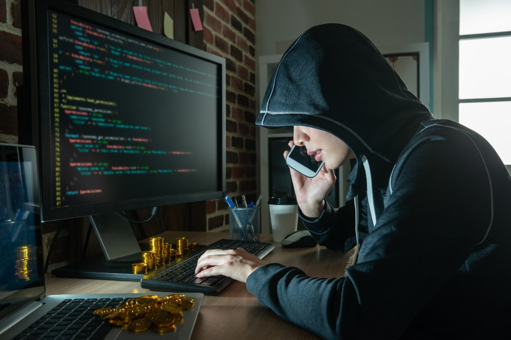 Roubo cinematográfico: ladrões usam IA para levar US$ 35 milhões de banco nos EAU