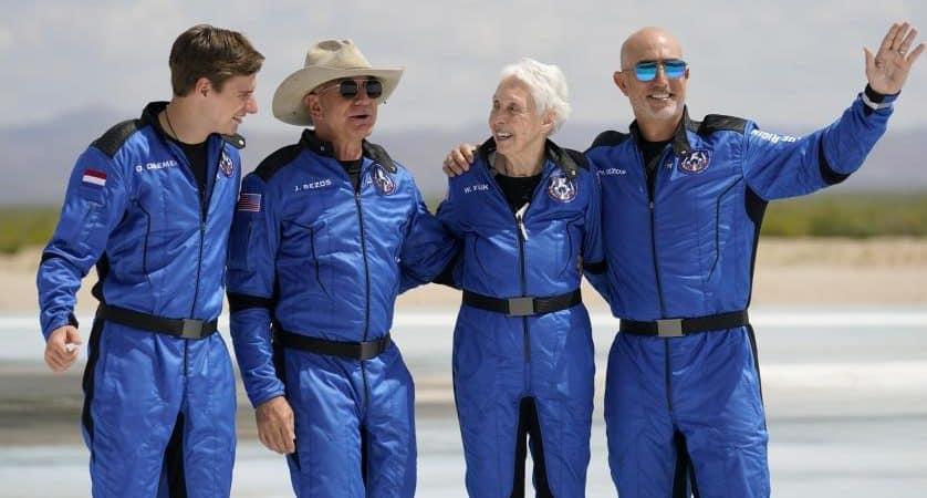 tripulantes-Blue-Origin-838x450